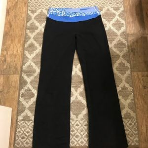 Lululemon Athletica Black pants - size 10